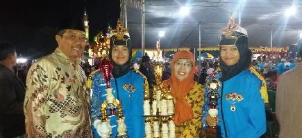 SMANSaTu Juara I dan II di Parade Paskibra