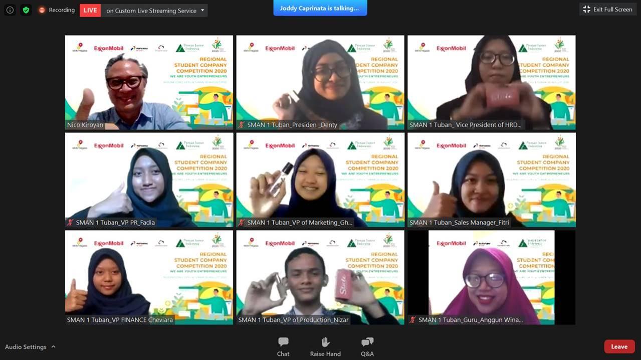 Stickle SMAN 1 Tuban Juarai Kompetisi Student Company Regional EMCL