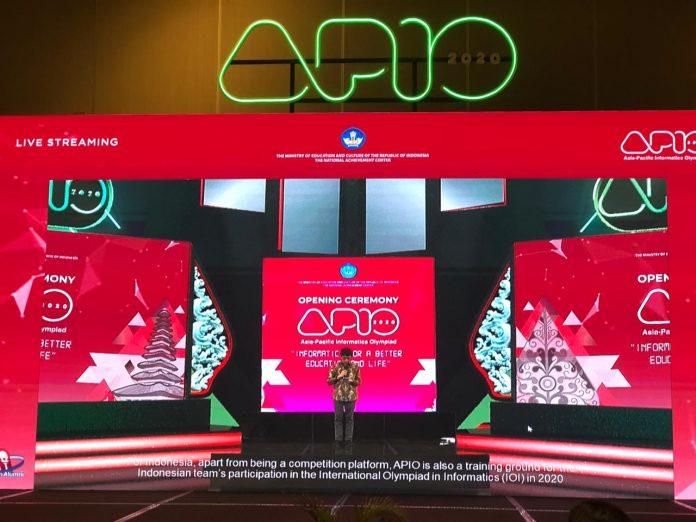 Siswa SMANSA Siap Wakili Indonesia Unjuk Kemampuan di Olimpiade Informatika Asia-Pasifik 2021